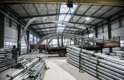 Pfeiffer Stahlrohrmaste GmbH hat ihr eigenes Logistikzentrum